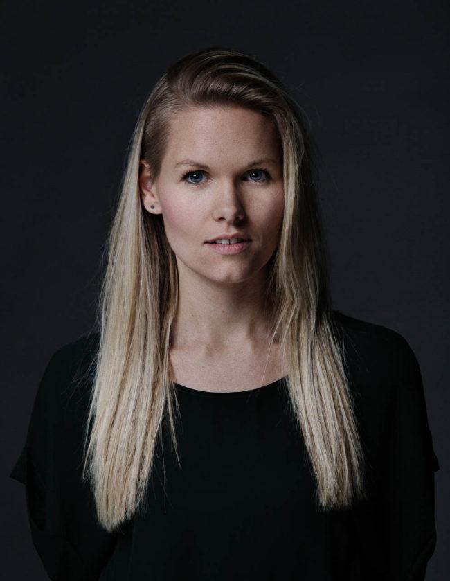 portræt designer kvinde julie damhus aarhus
