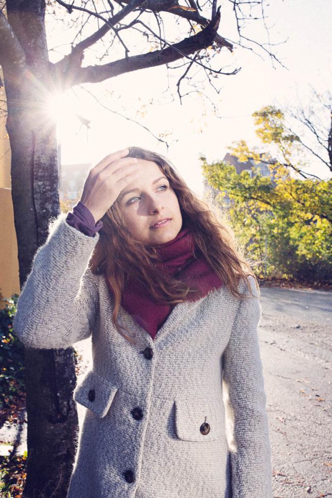 portræt fotografi magasin artikkel kvinde sollys aarhus