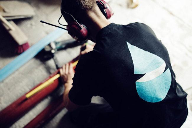 Medarbejder m logo på ryg, Quist VVS